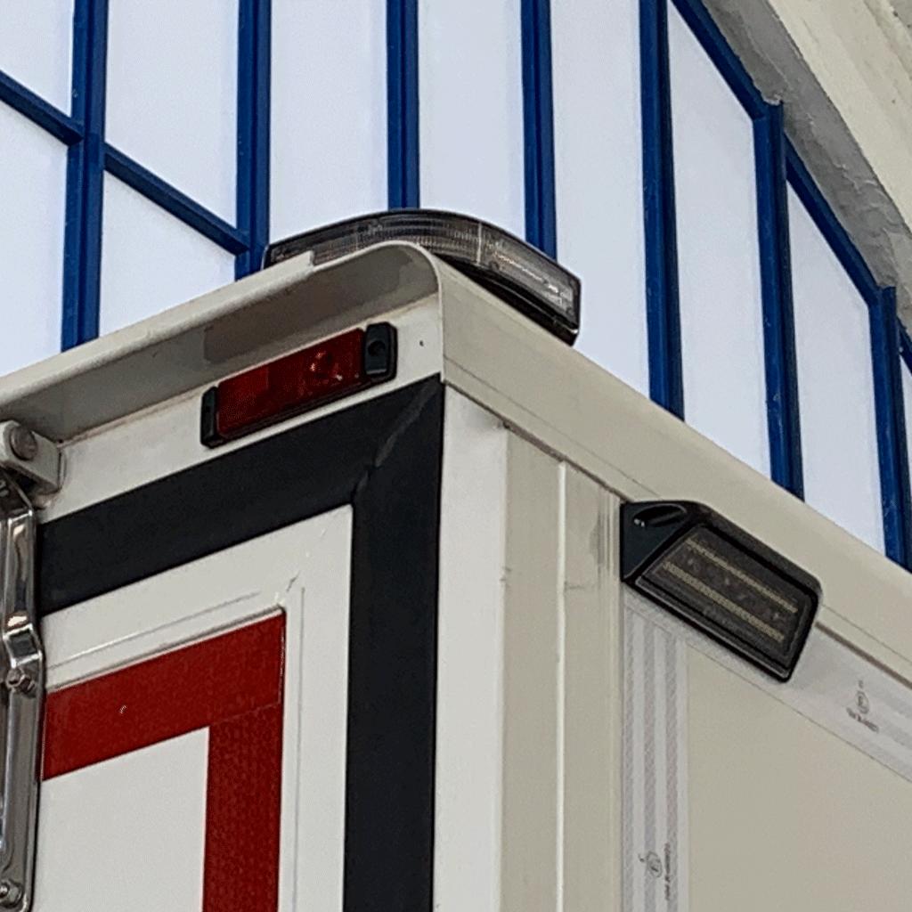 Modular hoekflitser op bakwagen