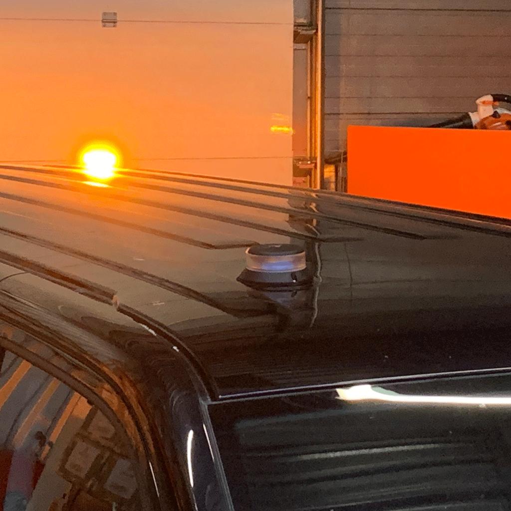 Orion LED zwaailamp op Transporter